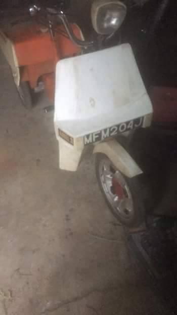 MFM 204 J