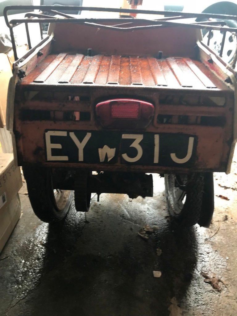 EYW 31 J