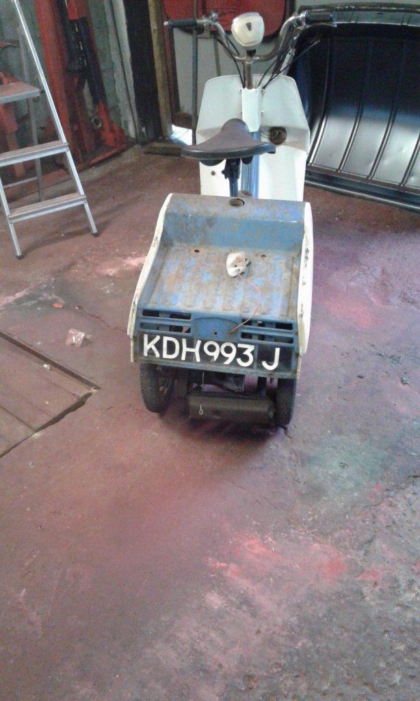 KDH 993 J
