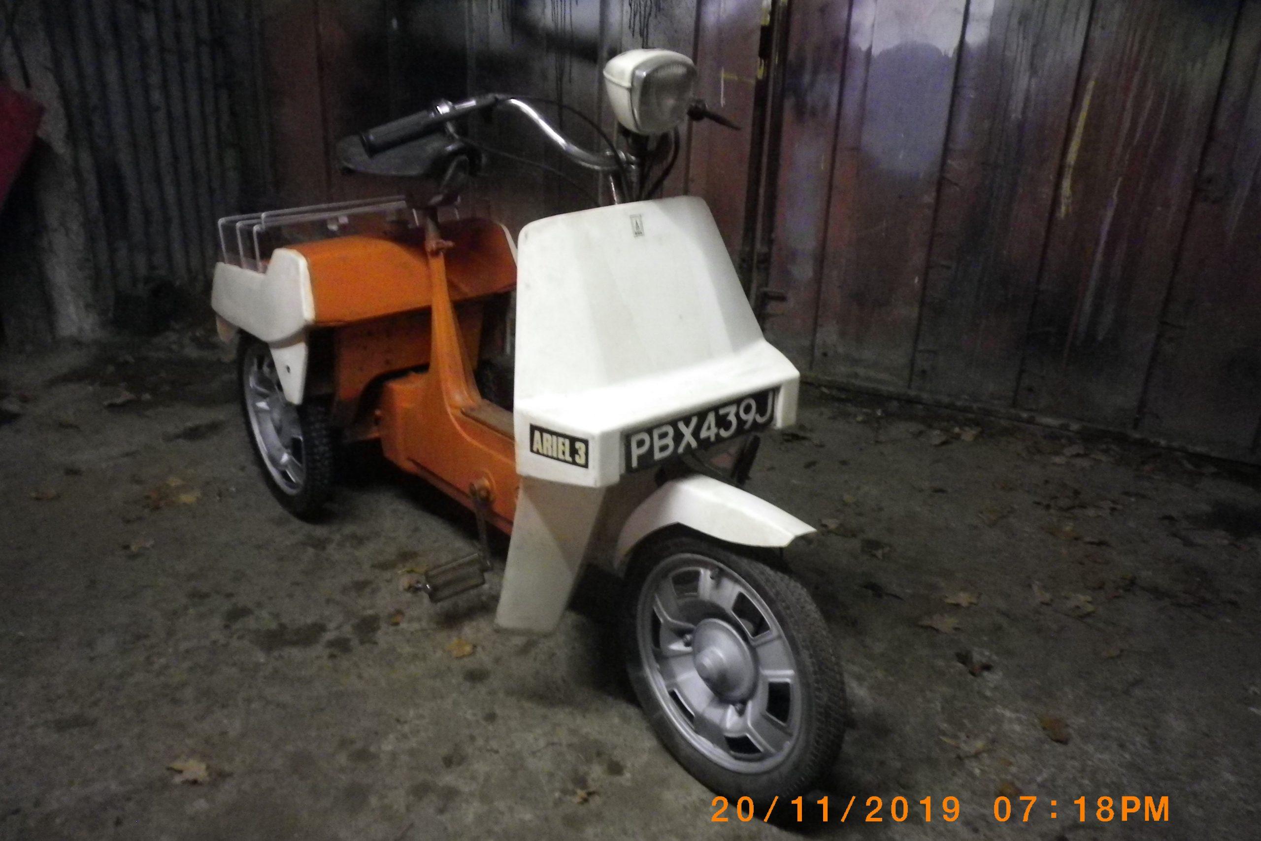 PBX 439 J